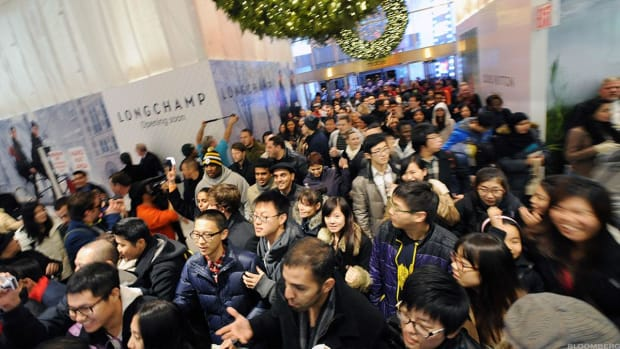 Black Friday 2019 Arrives, Less the Throngs and Fistfights