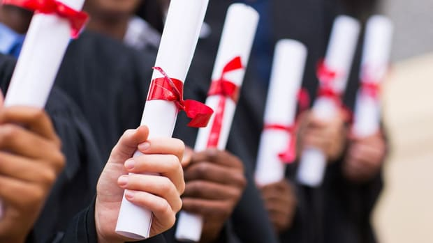 Will You Make More Money With a Certificate or a Degree?