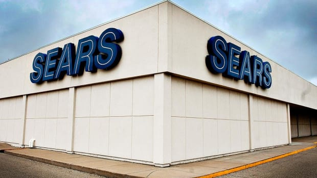 Sears Stock Collapses to Record Low Amid Reports of Imminent Bankruptcy Filing