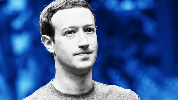 Mark Zuckerberg's Media 'Mea Culpa' Fails to Halt Facebook Share Slump