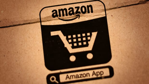 Jim Cramer: Walmart's Woes Tell Me It's Time to Buy Amazon