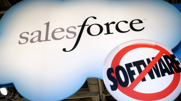 Salesforce Falls In Spite of Earnings Beat, Strong Full-Year Guidance