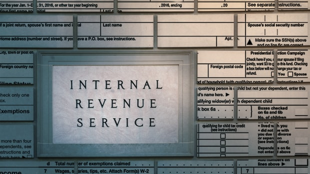 The Clock Is Ticking: Small Business Tax Strategies to Do This Year
