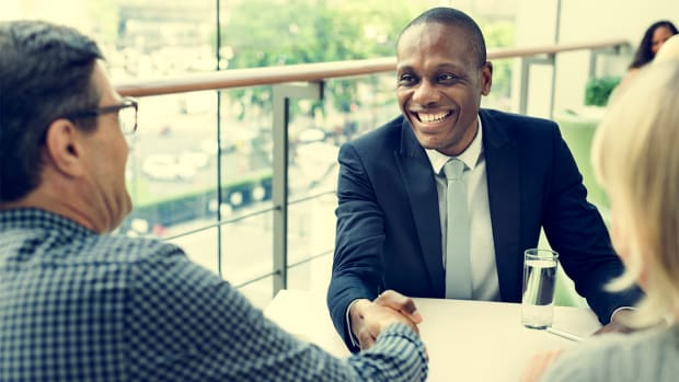 How to Become a Financial Advisor: What You Need to Know