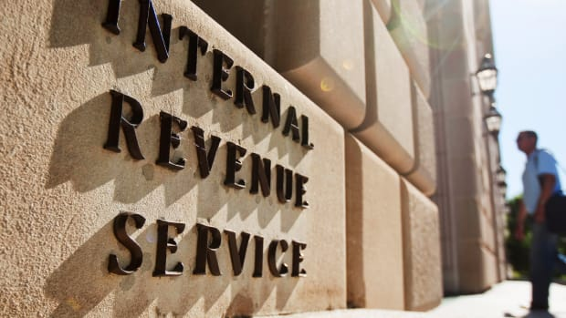 Site Crashes Force IRS to Extend Tax Filing Deadline