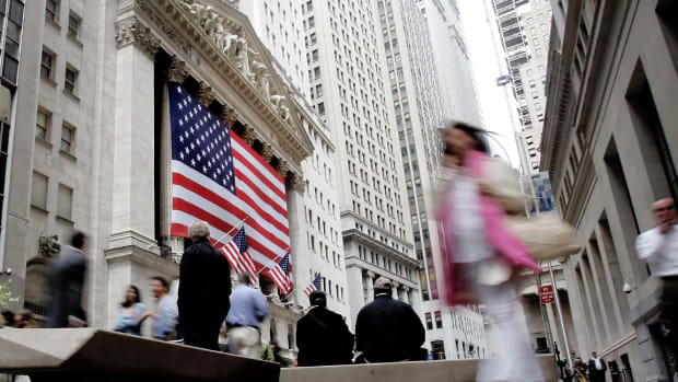 Dow Trims Earlier Losses, Finishes Slightly Higher After Volatile Session