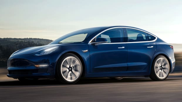 Tesla Fixes Brake Issue, Gets Recommendation From Consumer Reports