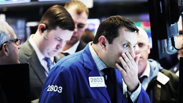Stocks End Higher as Investors Ignore Latest Trade Tensions