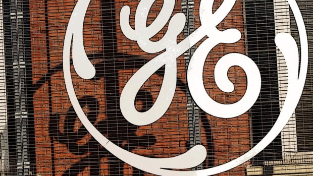 General Electric CEO John Flannery Plots Three-Pronged Path Forward