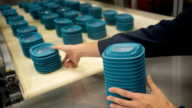Rubbermaid Food Storage Bowl Maker Sees Stock Price Smashed 22% in 3 Days