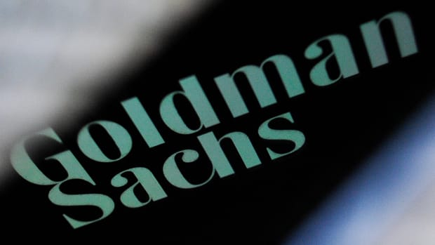 Goldman Sachs Isn't the Best Bank Stock to Trade Now