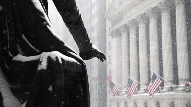 Stocks End Lower on Weak U.S. Manufacturing Reading, Trade Worries