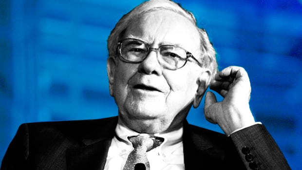 Sorry Bitcoin Fans, Warren Buffett Is Not the Dumbest Thing on Wall Street