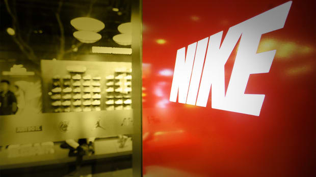 Nike, Johnson & Johnson, Pure Storage: 'Mad Money' Lightning Round