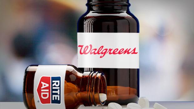 Walgreens Leveraged Buyout Bid Facing Financing Challenges - Report
