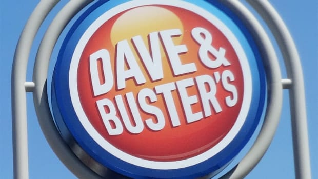 Dave & Buster's Slumps After Drop in Same-Store Sales