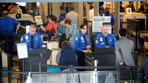 TSA Refutes ACLU Allegation That It Illegally Searches Electronic Devices