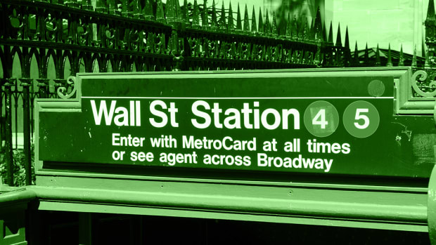 3 Must Reads on the Market From TheStreet's Top Columnists