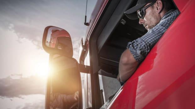 Navistar Revs Higher After Strong Quarterly Earnings