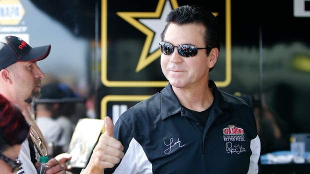 How to Avoid Investing in a John Schnatter: Dumbest Thing on Wall Street