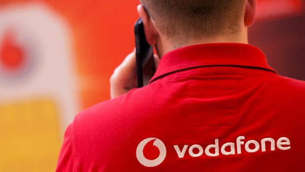 Vodafone Surges After New CEO Read Pledges Cost Cuts, Tower Re-Organization