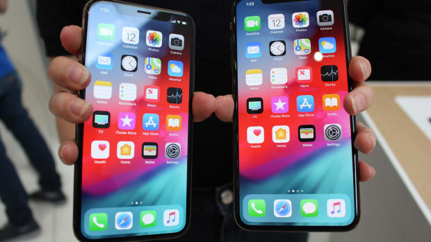 Apple's Expensive New iPhones Will Help Lead the Charge to $2 Trillion Valuation