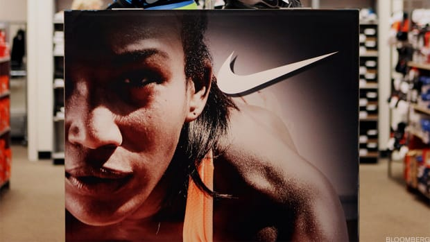 Nike Shares Bounce on Earnings Beat, Revenue Growth