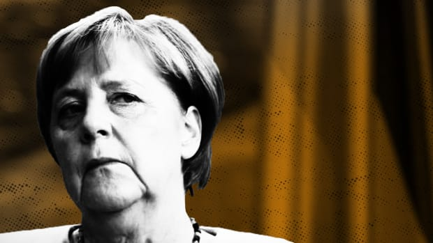 Germany's Merkel to Stand Down as CDU Leader: 'Government Has Lost Credibility'