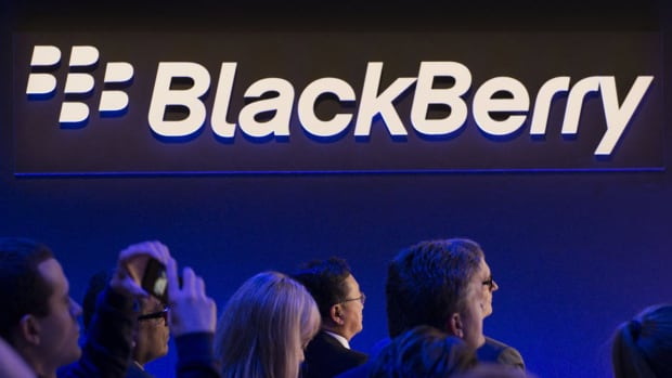 Blackberry, SkyWest, Apache: 'Mad Money' Lightning Round