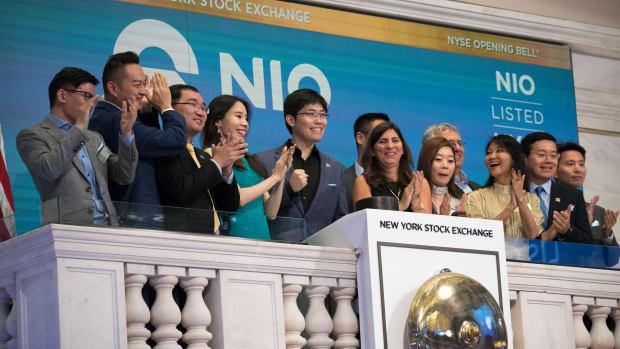 'Tesla Fighter' Nio Gets Poor Reception on IPO