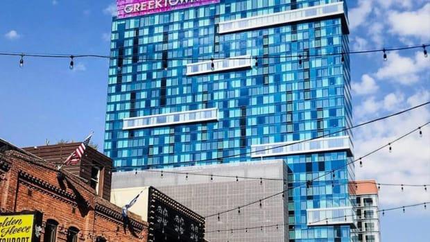Penn National Stock Jumps 8% on $300 Million Deal for Detroit Casino