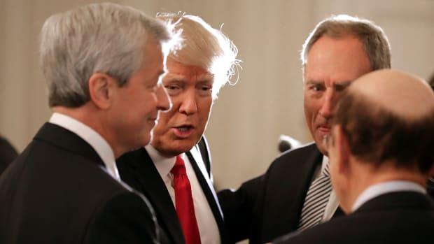 Jamie Dimon Takes On President Trump, Thinks Better of It