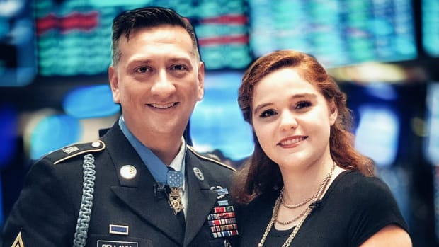 How This Medal of Honor Recipient Became Financially Independent