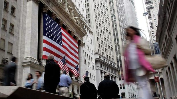 Jim Cramer on Lyft's IPO, Lululemon Earnings, and Apple's Credit Card