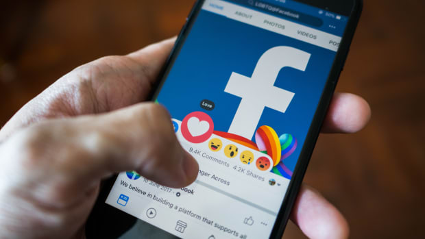Can Facebook Shares Make a Comeback on New Initiatives?