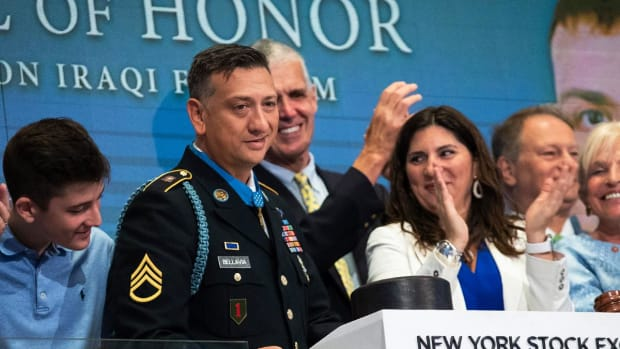 Medal of Honor Recipient: What CEO's Can Learn From the Military