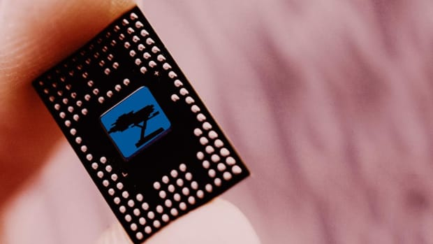 Looking at Semiconductor Stocks? 'Be a Stock Picker,' Trading Expert Says