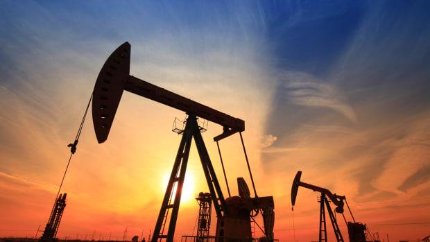 Jim Cramer Reveals the Biggest Reason Investors Avoid Oil