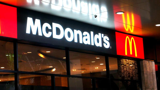McDonald's Earnings Weren't All Bad -- Chew on These 2 Positives