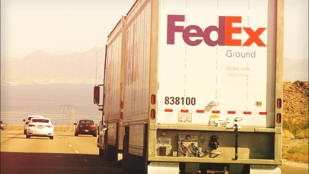 Dumping FedEx on Guidance? Why You Should 'Look Through the Trees'