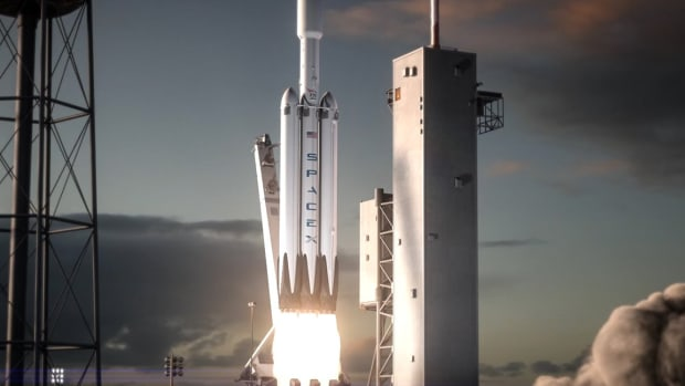 SpaceX Falcon Heavy Launch: What You Missed