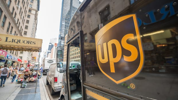 UPS to Add 6,000 Natural Gas-Powered Vehicles for $450 Million