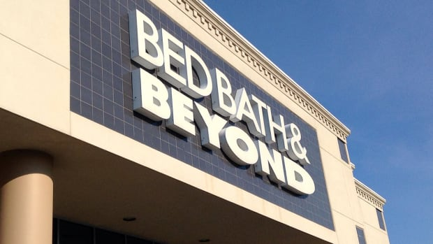 Household-Goods Chain Bed Bath & Beyond Shares Waver After Second-Quarter Report