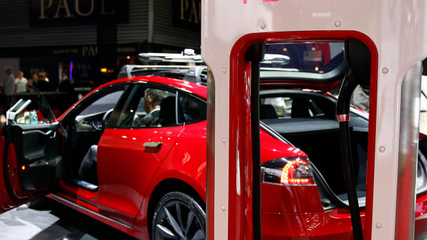 Jim Cramer: Why Elon Musk's Possible Purchase of More Tesla Shares Is Good News