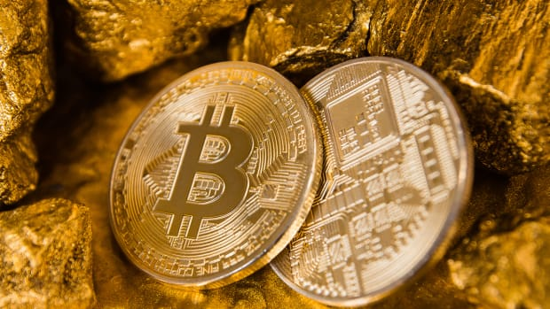 Gold vs. Bitcoin Is Not Even A Debate - It's Like Walking Versus Air Travel