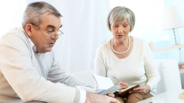 How Retirees Can Protect Themselves From Volatility