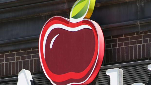 Dine Brands CEO Steve Joyce Touts Growth Despite Revenue Miss