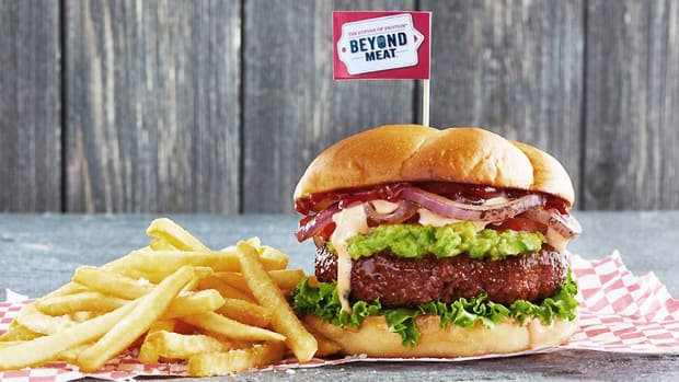 Who Wins the Battle for Meatless Monday: Beyond Meat or Impossible?