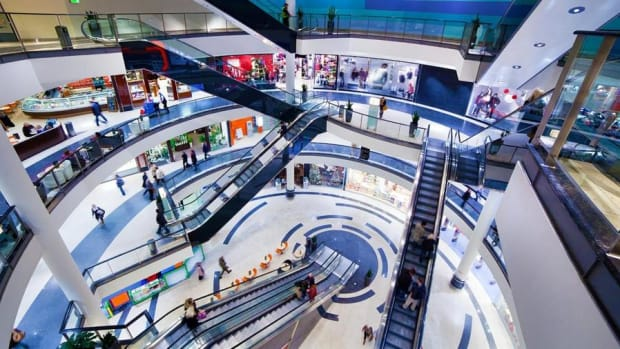 Jim Cramer on The Finish Line: The Mall Is Better Than Expected