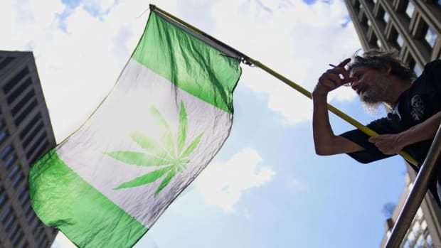 Jim Cramer: Be Cautious on Cannabis Plays
